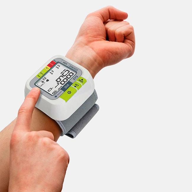 这是一个测量比萨厚度的仪器