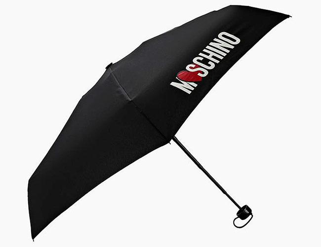 Tyylikäs miesten sateenvarjot - yksityiskohtien täydellisyys